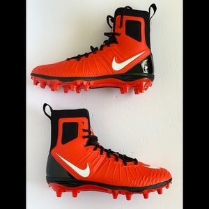 Nike Force Savage Varsity High Top Football Cleats
